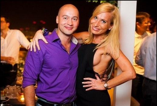 Андрей Черкасов замечен с грудастой блондинкой