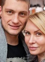 Александр Задойнов с Элиной Карякиной избавились от Пынзарей
