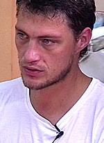Александр Задойнов мог упасть прямо на свою дочь