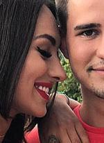 Захар Саленко наконец решился поцеловать Валерию Фрост