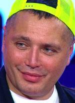 Рустам Калганов начал домогаться похудевшего Александра Гобозова