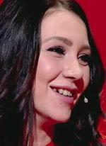 Алена Савкина впервые показала свои новые зубы
